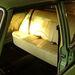 Ennél már előrébb tartok a zöld Merci belével, vannak ülések, szőnyegek, bal oldali ajtókárpitok. Csak fotó nincs