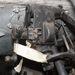 A kormányváltó konzolja, sok-sok kopott persellyel, szakadt gumimandzsettával