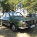 Na, majdnem ilyen Daciám van nekem is, csak az Dacia, és nem Renault 12, mint ez itt. Meg sárga, nincs rajta oldalsó díszléc, és  pillanatnyilag egy üres, fényezetlen bódé. Egyszer összerakom, az volt apám második autója, és az első, amire már én is emlékszem