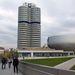 A BMW irodaháza négy hengert formál