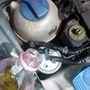 Abba a pici lyukba kéne gázolajat tölteni