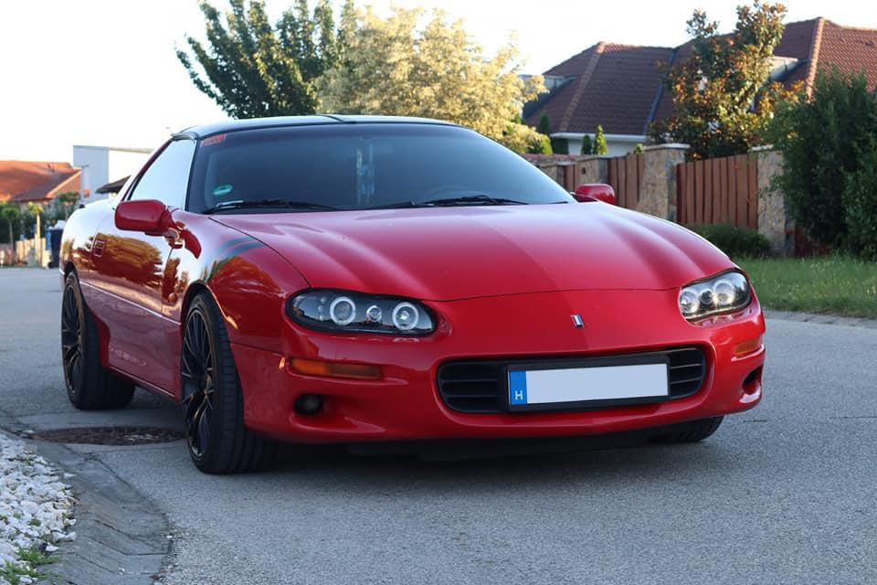 Azért került rá a Pontiac felirat, mert sokaknak ez Ferrari volt. Pedig nem is piros.
