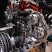 Bátran a motor váltó felőli végére rakták a vezérműhajtást. Jó is ez, ha nem kellcserélni