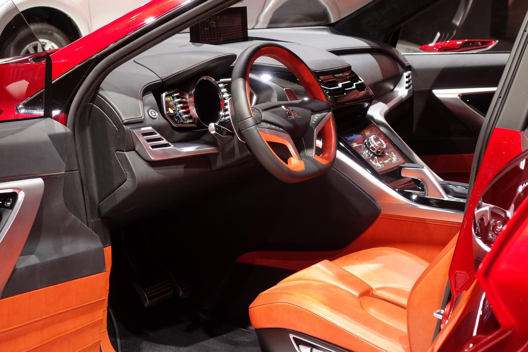 Akár testvérmodell is lehetne a Lexus NX