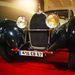 Patkó alakú maszk, mint minden Bugattin