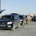 A miniszteri konvoj, csupa páncélozott Toyota Land Cruiser