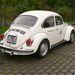 A szerény külső mögött sokkoló adatok: 2 literes, 129 lóerős 1302-es bogár a Volkswagen Classic csapatából.