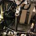 Meredeken lekanyarodó kormánytengely, 900 grammos kormánygép