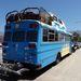 VW Transporterrel kibővített lakóbusz Santa Barbarán
