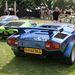 Menni nem mentek ugyan, de ezeket az autókat együtt látni, csak a füvön állva is meglehetős álleejtő élmény volt. Elsőként a legkorábbi Lamborghini, a 350 GT, utána egy Miura a legmiurább zöld színben, majd egy agyonszpojlerezett Countach az utolsó szériák egyikéből. Volt még feljebb vagy nyolc másik is