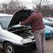 A sintértelepen a legtöbb autó nyitva van