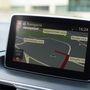 A navigáció egyre inkább része a jármű fedélzeti rendszerének, adatai megjelennek a head-up display-n is