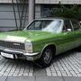 Diplomat B V8, Chevy-motorral. Akkor még azt hitték, Európa is falni fogja az amcsi technikt