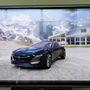 A grafika olyan tökéletes, hogy fénykép minőségben tudják különféle környezetbe helyezni az autót
