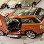 Ebben felismerni az aktuálisan futó Range Rovert, igaz, egyszerűbb ajtómegoldással