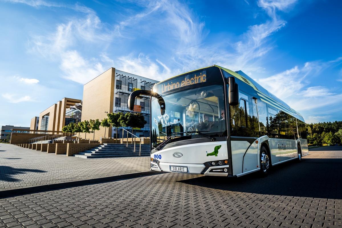 A húsz éves gyártó, a lengyel Solaris, elektromos busza a 2017-es év autóbusza lett. Magyar gyártású busz vajon mikor kapja meg ezt az elismerést?