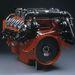 14 literes, V8-as hajómotor, 750 LE