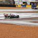 LMP1-ek az esőben (Lola és Peugeot)