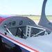 Az utasnak csak egy magasságmérő és egy sebességmérője van