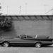 A félkész Batmobile, George Barris udvarán