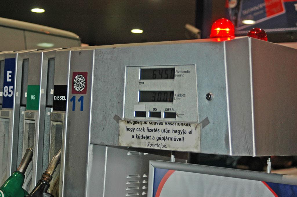 Az akkumulátor a csomagtartóban