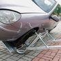 Az autó súlypont-magasságának megfelelően kell beállítani a kitámasztókat