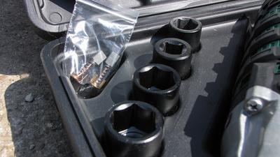 Nem csak kerékcsavarhoz jó: a futóműben, motoron, a hajtásláncban található csavarok meglazításához-kitekeréséhez is jó szerszám lehet
