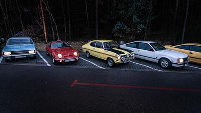 Az IntelliLux LED lámpa különböző üzemmódjai az Opel Astrán