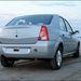 Nissan Aprio fehér indexekkel és fogantyúval a csomagtartón