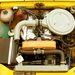 Tömör gyönyör a két vezértengelyes motor.  Ugyanaz az Aurelio Lampredi tervezte, aki a Ferrarik régi, kisebb V12-eseit