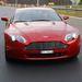 Jellegzetes Aston-arc; a márka modelljei fő vonalakban ugyanolyanok