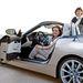 Juliane Blasi (hátul) és Nadya Arnaout (az autóban) rajzolta a BMW Z4-est