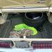 A Cougar csomagtartója csak kéthullás