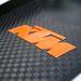 Büszkén hirdetik, pedig sok hard-core autósnak semmit nem mond, hogy KTM