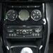 Könnyen és érthetően kezelhető az audió, a kezelőszervek is kézre esnek