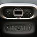 Ismerős egységek a Renault-raktárpolcról: automata légkondícionáló és cd-rádió