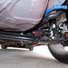 Végtelenül egyszerű hátsó futómű: csatolt hosszlengőkarok. A Giuliettáé lényegesen fejlettebb, és jobb