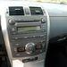 Akár becsukott szemmel, félálomban is vezérelhető a Corolla fűtése és rádiója. Én próbáltam mindkettőt