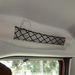 A plüsskutya a plafonnál utazhat
