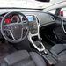 Hibátlan Opel-belső, mint mostanában mindegyiknél