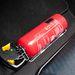 Tűzoltó minden autóban: Égésteret hallgatnak odakint is?