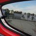 Ötajtós autóban ritka a nem lehúzható hátsó ablak, de legalább kibillenthető