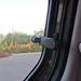 A hátsó ablakok résnyire nyithatóak