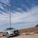 Csúcsteljesítménye 1,8-2 megavatt. Mármint a bőnyi szélerőműveknek. Az Audi ennek kábé a tizedét tudja, ha mindkét motorja megy