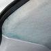 Ha eltörik az ablakmosó csöve, zöld lesz a tetőkárpit, mert a vezető abba pumpálja az ablakmosó-folyadékot