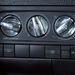 Wolfsburg-címer van az utólag felpattintott fűtésgombokon