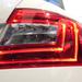 A hátsó világítótestben a helyzetjelző és a féklámpa LED-es, a tolatólámpa és az index hagyományos izzókat kapott