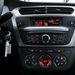 A rádió eszméletlen vételi érzékenységű, de nincs szép hangzása