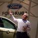 Pepe Pérez, a Ford gyár PR-menedzsere  a tervezők erőfeszítéseit méltatja