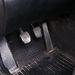 A jellegzetes BMW-gázpedál. Mélyre is kell nyomni